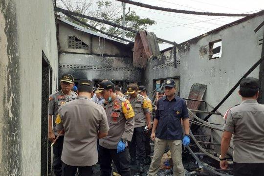 Menaker instruksikan pengawas ketenagakerjaan selidiki pabrik terbakar