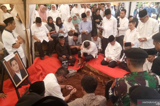 Putra Ketua MA dimakamkan di TPU Karet Bivak Jakarta