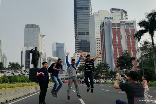 Patung Jenderal Sudirman tarik minat warga untuk berfoto