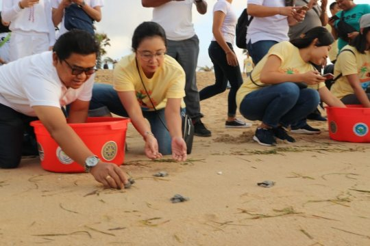 Youth Summer Camp cara Angkasa Pura I edukasi lingkungan hidup