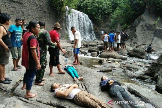 Tiga tewas tertimpa longsoran dinding air terjun Langkat