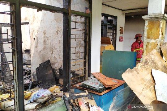 Dua orang tewas akibat kebakaran rumah di Andir, Bandung