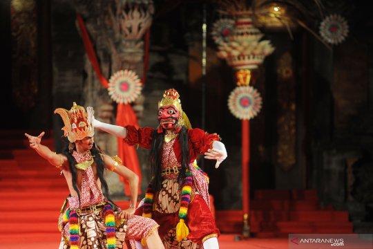 Pementasan kesenian Yogyakarta di Bali