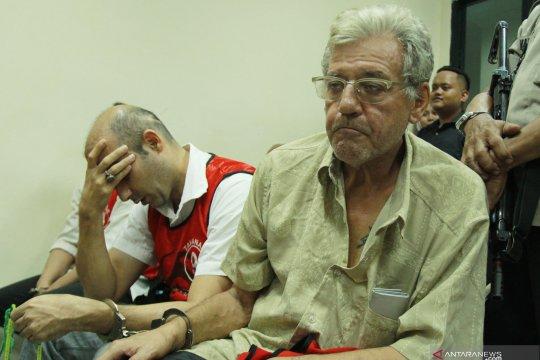 Vonis 16 tahun penjara penyelundupan sabu WN Spanyol dan Iran