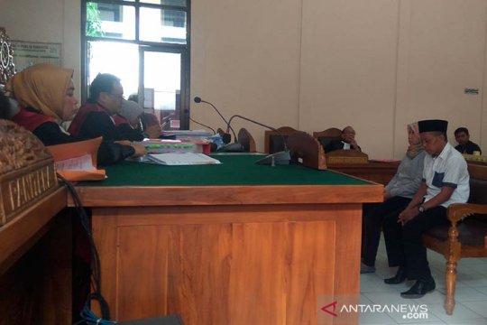 Kasus mafia bola, Mbah Pri dituntut tiga tahun penjara