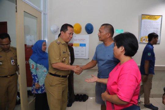 Wakil Wali Kota Jakut jenguk keluarga PPSU korban tabrakan