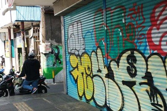 Tindakan vandalisme di pertokoan Olimo dilaporkan ke Polisi