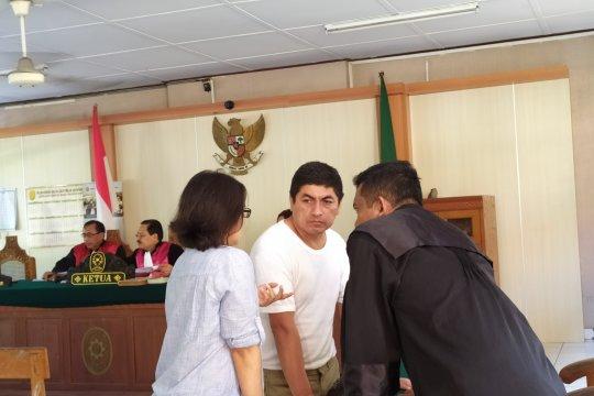 Warga Peru miliki kokain divonis 10 tahun penjara