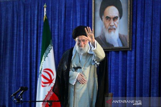 Khamenei ingin Iran menanggalkan harapan akan bantuan Eropa