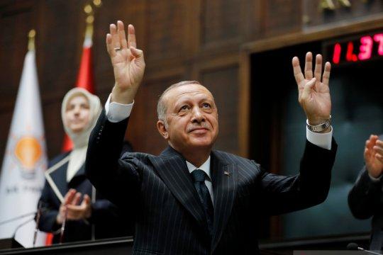 Erdogan mengenai pernyataan Macron: 'Periksa otakmu yang mati'