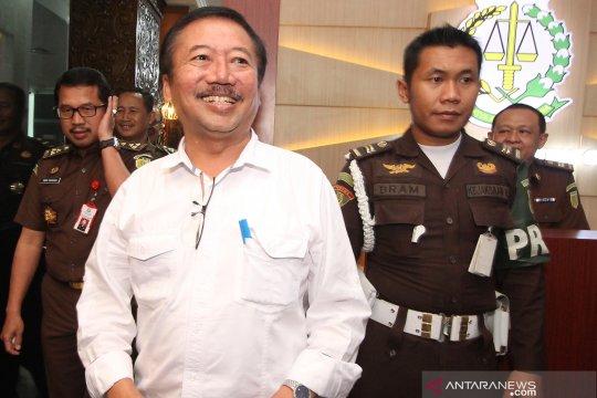 Mantan wali kota Surabaya diperiksa terkait korupsi aset Pemkot
