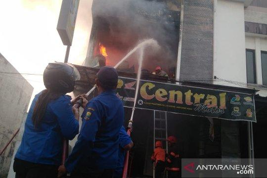 Pemilik ruko tewas akibat kebakaran di Cianjur