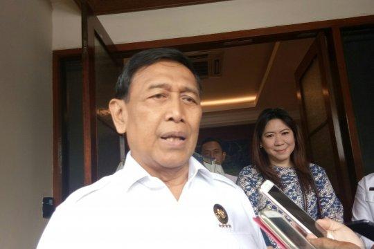 Wiranto tegaskan tidak ada izin demonstrasi di sekitar MK