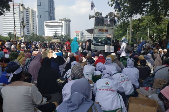 Abdullah Hehamahua pastikan aksi kawal MK berakhir sebelum 17.00 WIB