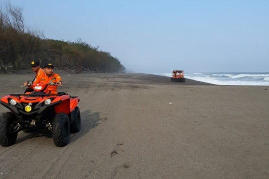 Operasi pencarian korban kecelakaan laut di Pantai Baru Bantul ditutup