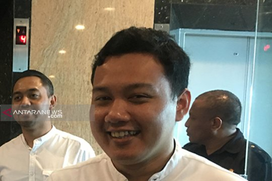 Putra Wali Kota Risma minta warga Surabaya doakan ibunya