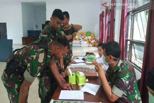Cegah peredaran narkoba, 27 personel Korem 143/HO tes urine