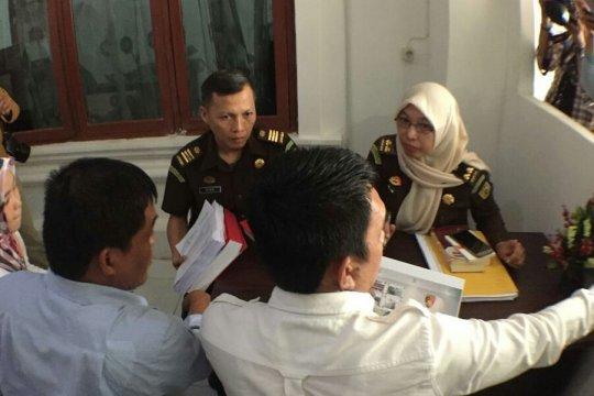 Berkas tersangka komisioner KPU Palembang dikembalikan ke Kejari