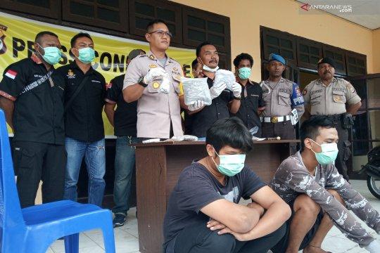 Polres Manokwari amankan 0,5 kg ganja dikirim dari PNG