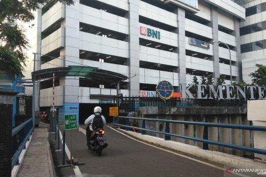 Jelang putusan MK, aktivitas di tiap kantor kementerian tetap normal