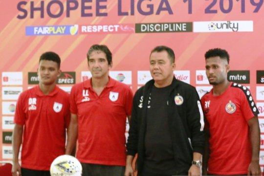 Tiket pesawat mahal, Semen Padang cuma bawa 16 pemain ke Jayapura