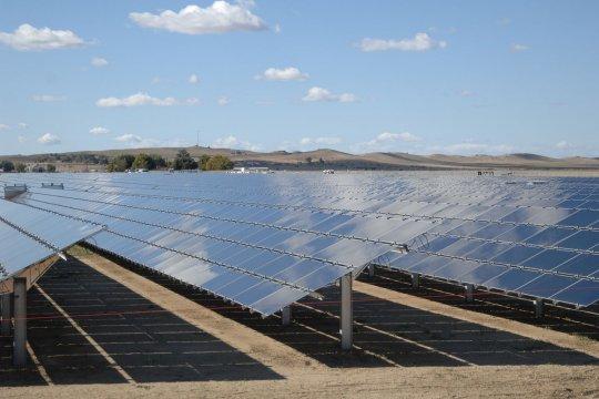 PLN perlu perbanyak penggunaan panel surya untuk desa