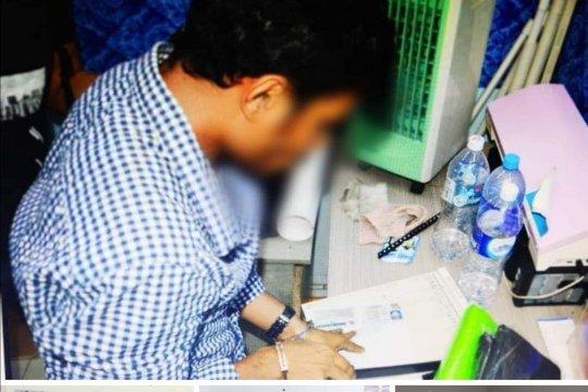 Imigrasi Malaysia gerebek dua tempat di Selangor