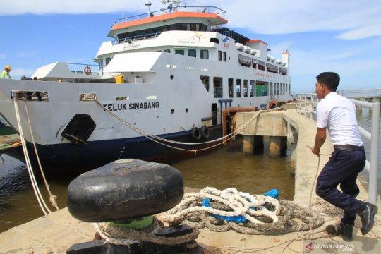 Pelabuhan Meulaboh merugi akibat peralihan rute pelayaran kapal