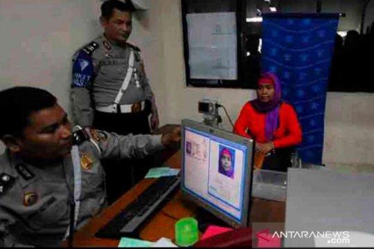 Polres Bekasi bagikan SIM gratis untuk warga terlahir 1 Juli