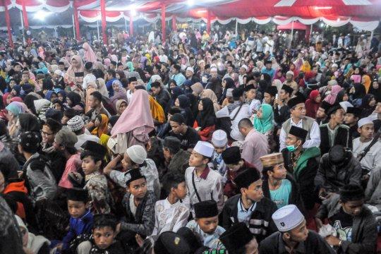 Menristekdikti bantu laptop Ponpes An Nawawi Tanara Serang