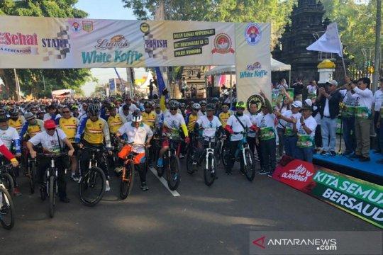 11.000 orang ikuti kegiatan olahraga santai Wonosobo