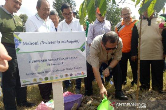 Ikadil Unsri tanam 2.000 pohon ajak jaga udara bersih
