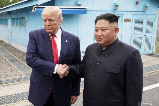 Paus puji pertemuan Trump-Kim di DMZ