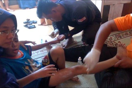Korban ubur-ubur terus bertambah, persediaan obat menipis