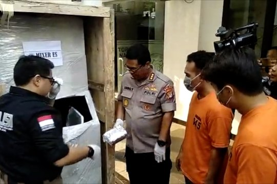 Polisi amankan penyelundupan sabu dalam mesin es