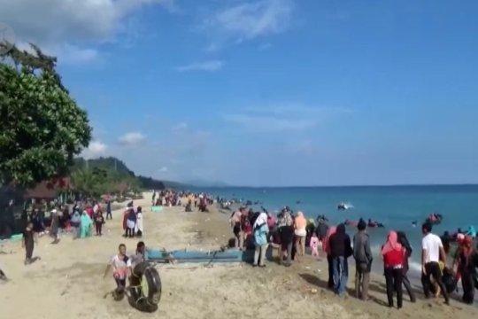 Ribuan pengunjung padati wisata alam Tamborasi