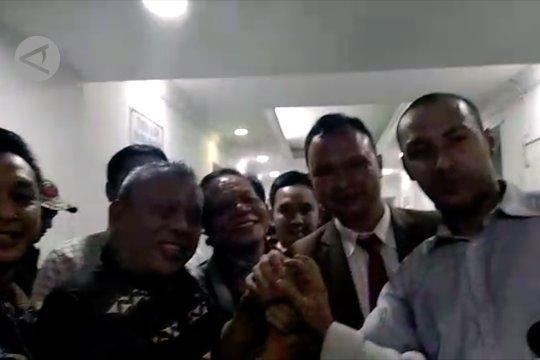 Penangguhan penahanan Eggy Sudjana dikabulkan