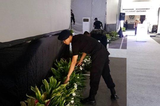 Polisi sisir gedung KPU jelang penetapan capres-cawapres terpilih