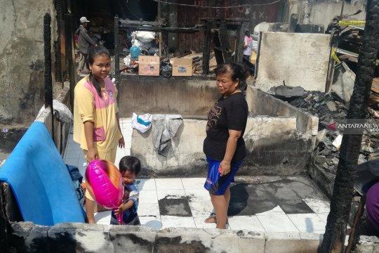 Korban kebakaran Tanah Abang enggan menempati tenda pengungsian