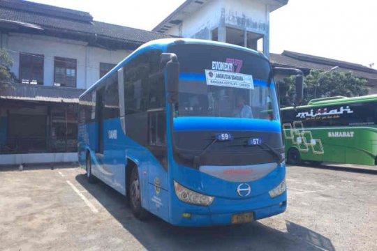 Terminal Harjamukti sediakan delapan perjalanan Damri ke Kertajati