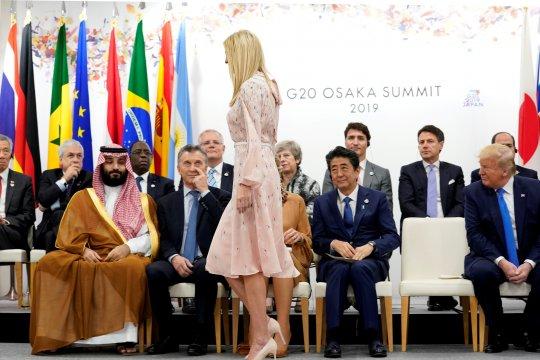 Memo rahasia bocor, Menteri Inggris minta maaf kepada Ivanka Trump