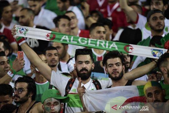 Ringkasan Grup C, Aljazair membantah prediksi