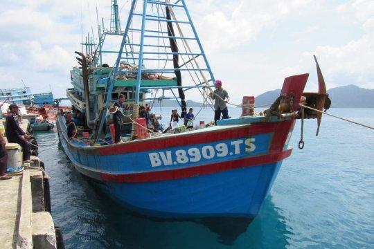Satu kapal ikan ilegal Vietnam tangkapan Bakamla diserahkan ke KKP