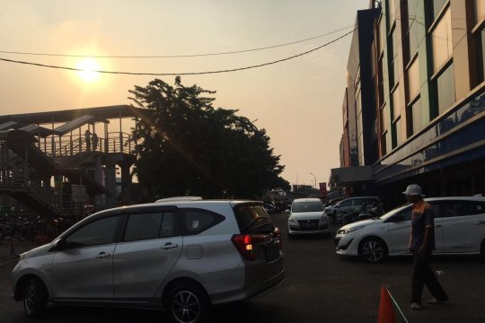 Pengunjung apresiasi kenyamanan lahan parkir Pasar Kramat Jati