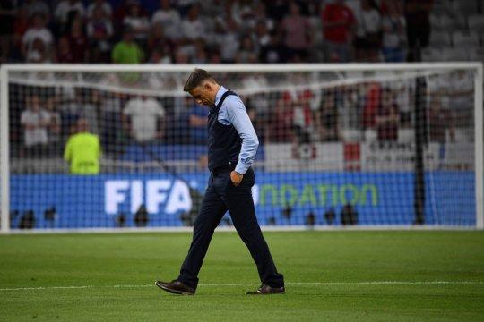 Inggris gagal ke final, Phil Neville tak merasa menyesal