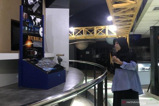 Warga Jakarta terancam tak lagi bisa belajar benda-benda langit