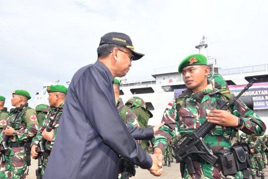 Gubernur lepas pasukan Yonif 721 TNI jaga perbatasan Papua