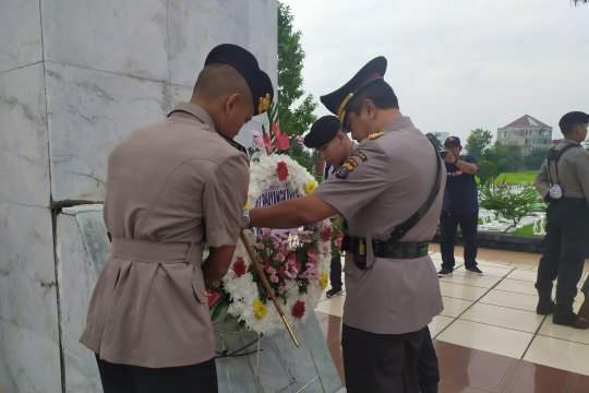 HUT Bhayangkara Ke-73, Polda Sumut ziarah ke Taman Makam Pahlawan