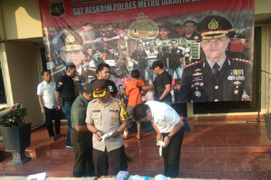 Pelaku pembacokan terhadap TNI bermotif dendam tak terima ditegur
