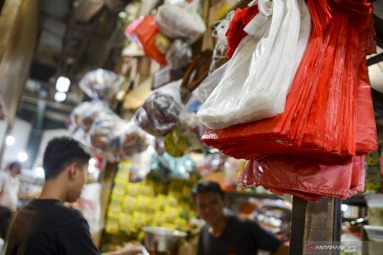 CORE: Petimbangkan nasib industri sebelum terapkan cukai plastik